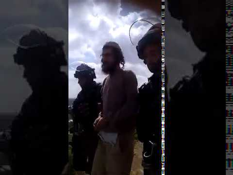 """שוטרים מנעו בניית בית כנסת בשומרון. """"שמח להיעצר על ארץ ישראל"""""""