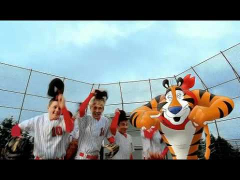 Kelloggs Frosted Flakes (Little League Baseball) (2010) Commercial 0:15