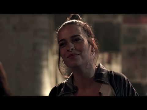 Elif Turan - Aç Kapıyı Gir İçeri (Fi Dizisi Orjinal Soundtrack)