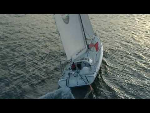 Great American III Under Sail