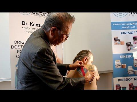 Tejpování - předvádí vynálezce metody Kinesio Taping Kenzo…