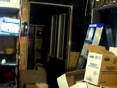 tue mouche electrique special youtube. Black Bedroom Furniture Sets. Home Design Ideas