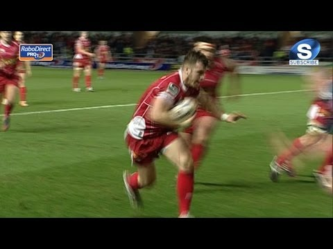 Gareth Davies steps out & in for super Try - Scarlets v Munster 1st March 2014