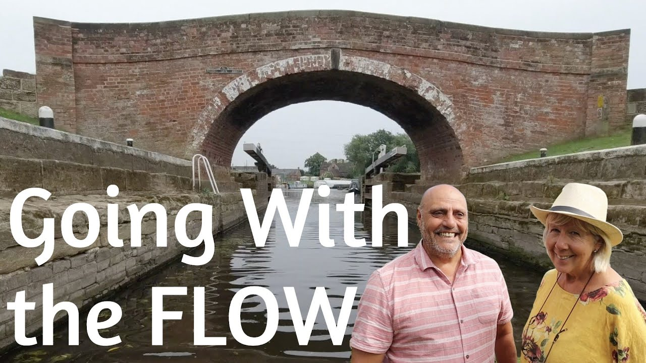 Leaving the Mighty Trent & Mersey Canal onto the beautiful River Soar - NARROWBOAT LIVING - Ep. 133