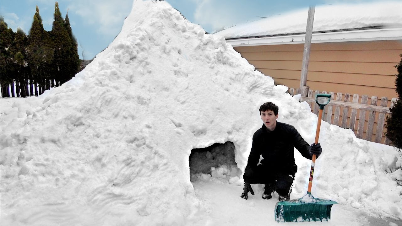 I Spent 48 Hours Building an Igloo Mansion