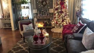 Christmas home tour/living room and dinner room 2018🎄🤶
