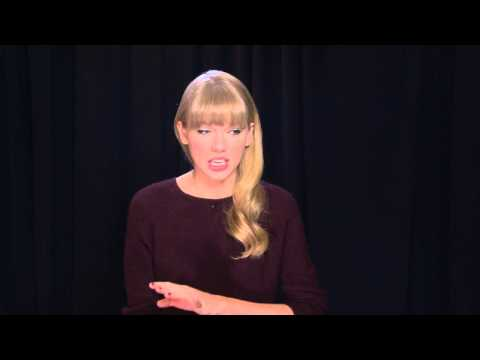 Behind-the-Scenes Interview With Taylor Swift at the AMAs 2012