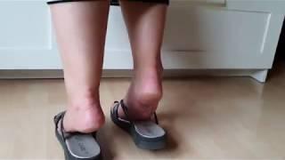 Mâture feet flip flop play