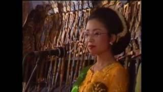 Limbukan Lucu Sinden Jepang Hiromi Kano VS Sukesi Rahayu Dalang Ki Purbo Asmoro