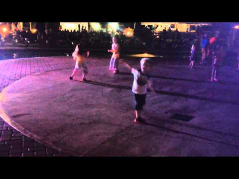 Jamaica steel drum dancing 2