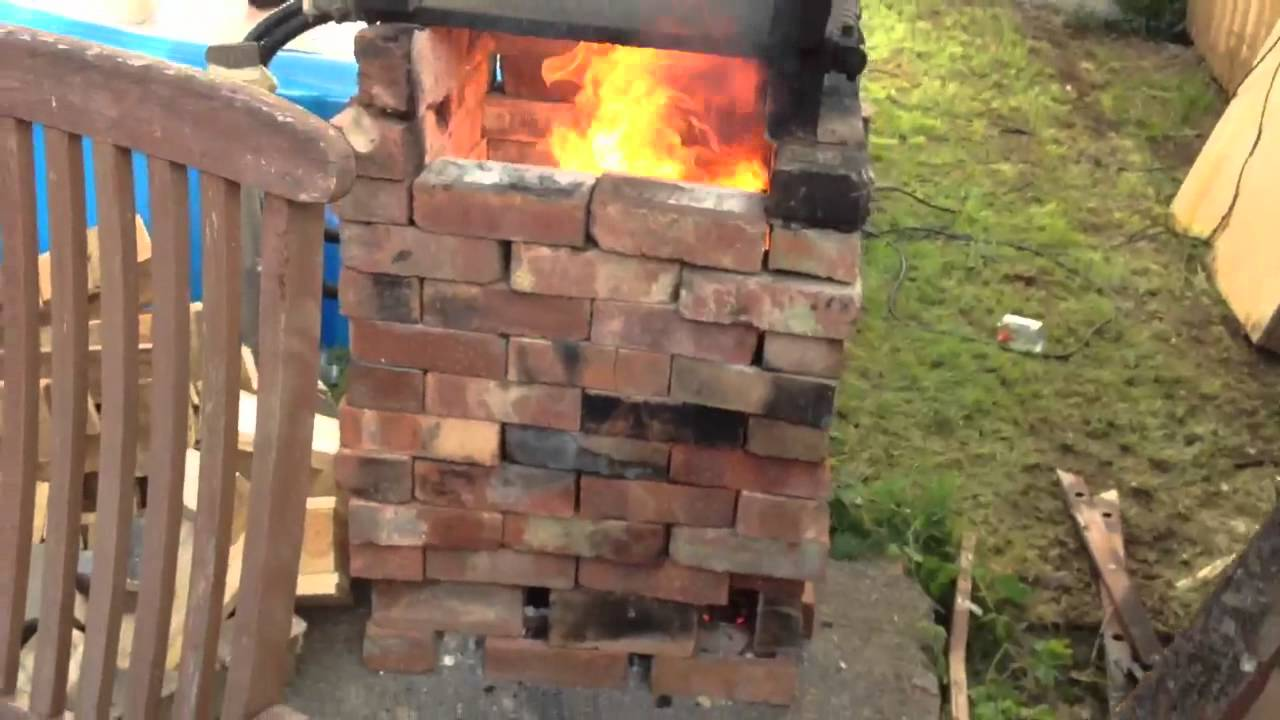 Rocket Stove Zwembad Home Made Hot Tub