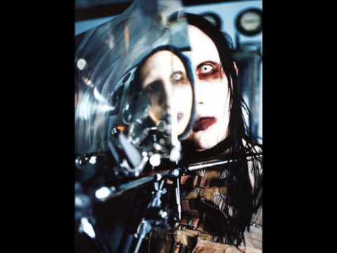Marilyn MansonComa white acoustic version with lyrics
