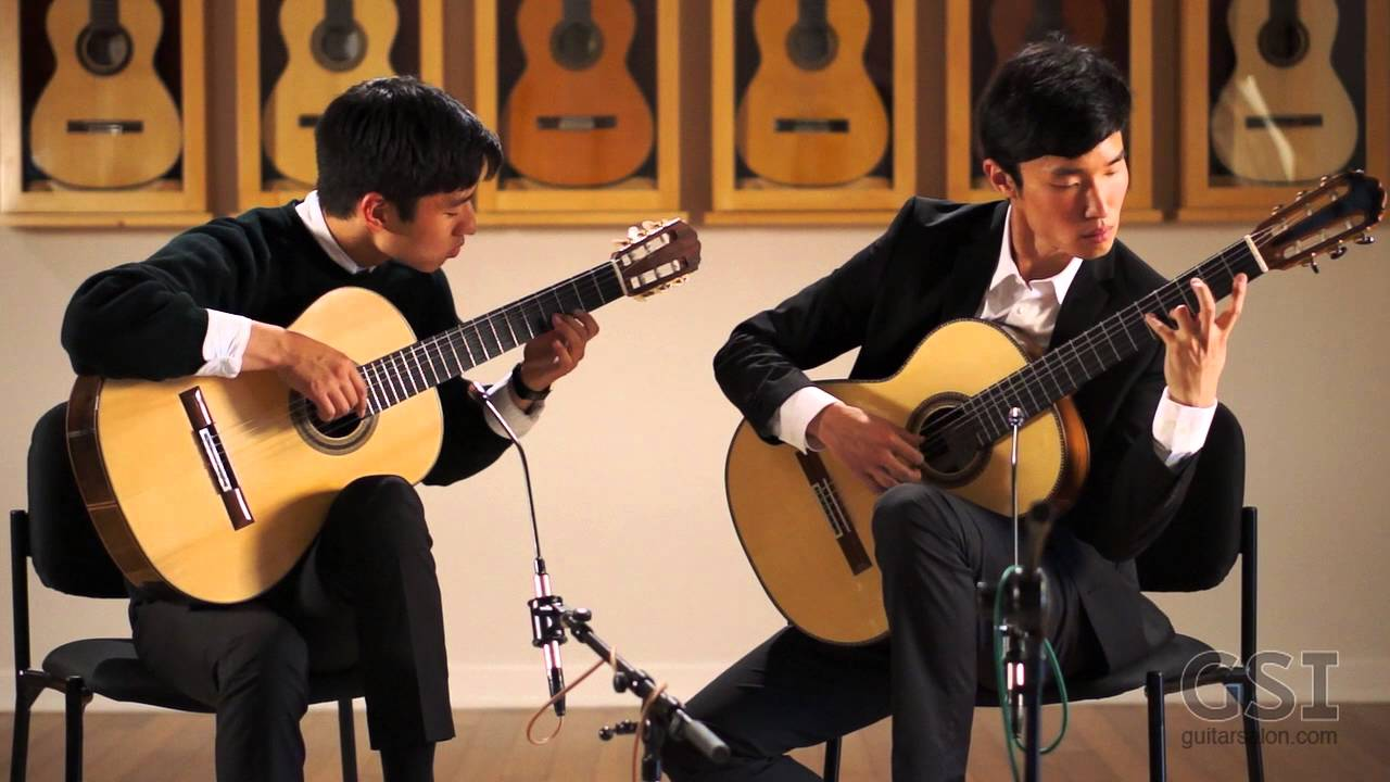 Alex and Wesley Park - Laudate Dominum (K. Brogger Guitars)