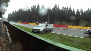 Video BMW M3 Crash on Lap of Spa Francorchamps at Eau Rouge plus recovery download MP3, 3GP, MP4, WEBM, AVI, FLV Agustus 2018