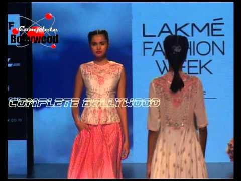 LFW Summer Resort '16 Sonakshi Sinha As Show Stopper for Anita Dongre