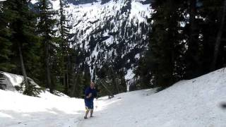 Buttsledding in the Cascade Range, part one