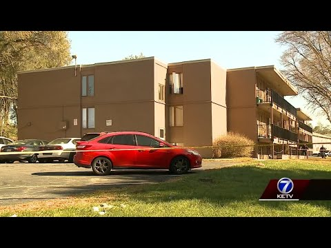 Woman, 16-month-old stabbed at Omaha apartment building
