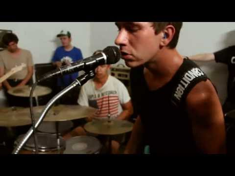 Warm Thoughts (formerly Dad Punchers) FULL SET (Bridgetown DIY 08.16.2013) mp3