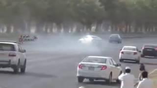 القبض على مفحطي طريق الملك خالد في الرياض