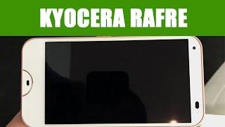 Le Kyocera Rafre est un smartphone lavable au savon destiné au marc...