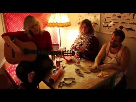 Bög - I can't wait to spend my x-mas time with you (official music video)