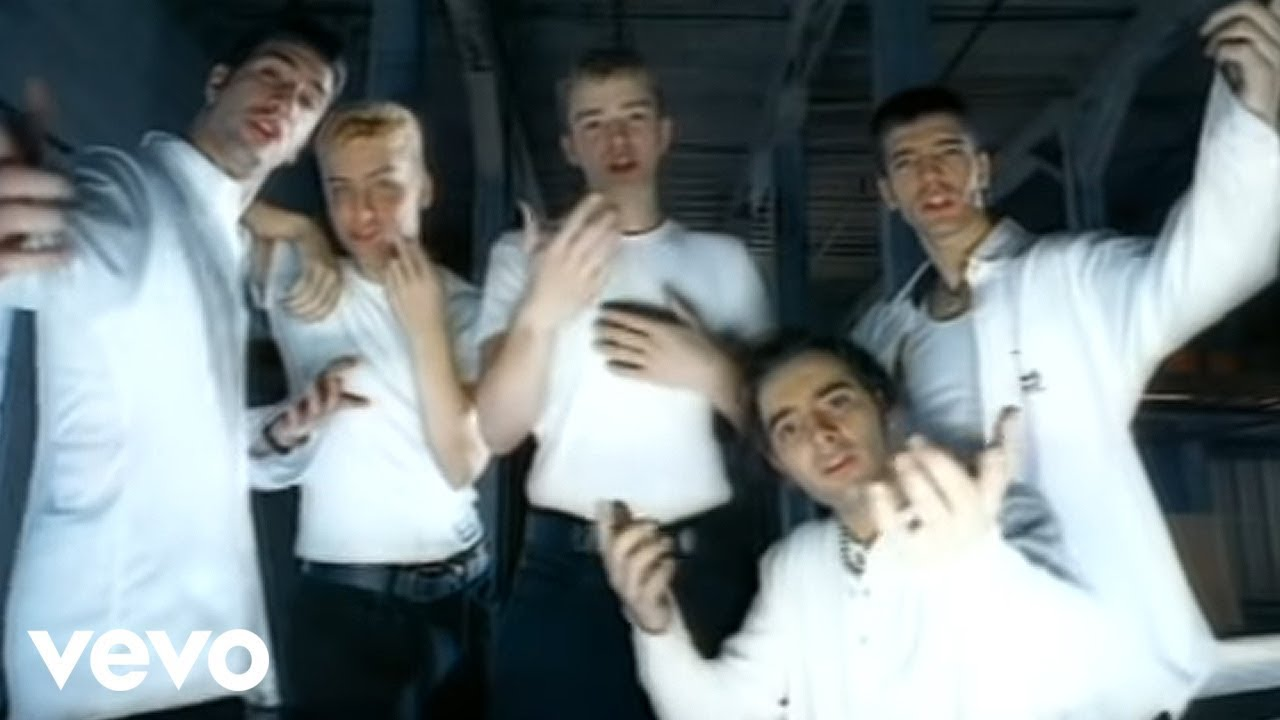 Download *NSYNC - Tearin' Up My Heart (Official Music Video)