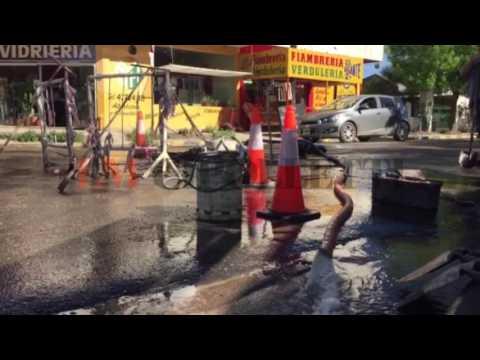 Se rompió un caño de agua y los barrios de la zona centro-oeste están sin servicio