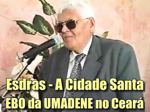 Esdras Carneiro Cantando Na Escola Bíblica Da UMADENE Realizada No Ceará Nos Anos Noventa...