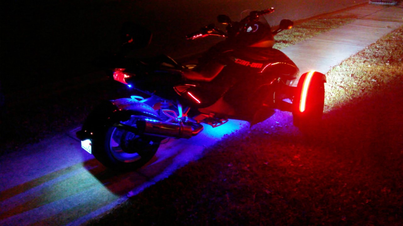 Can Am Spyder With Led Light Kit
