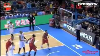 Tracy McGrady Throws MWP-Style Elbow At Chi