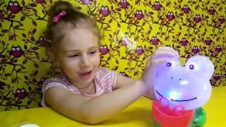 КРЕЗИ ФРОГ - ДУЕТ ПУЗЫРИ/Crazy Frog - blowing bubbles /  Злата кидс Лайф