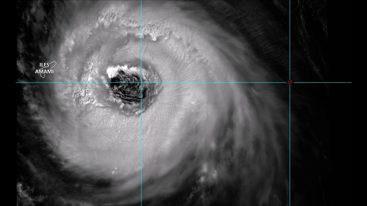 hight resolution of large eye of typhoon soulik