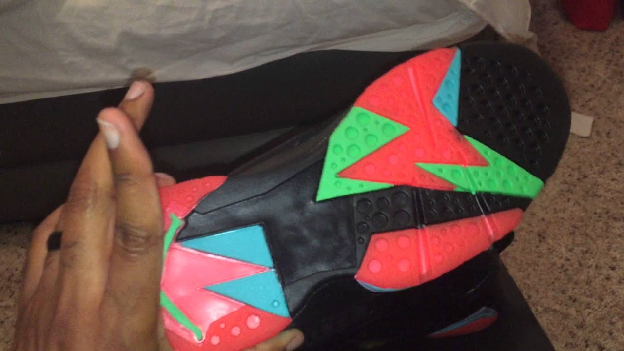 5f51fe2c825204 In-Hand Review  Jordan 7 Marvin The Martian - YouTube