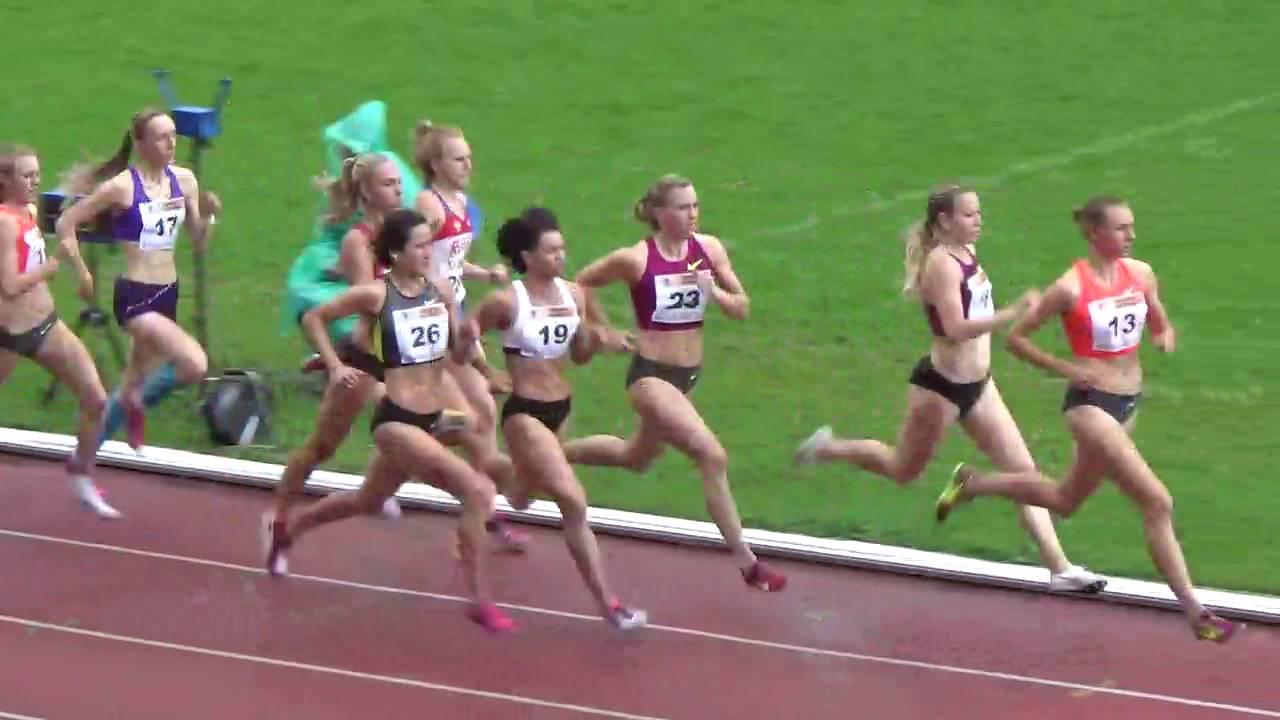800 метров девушки