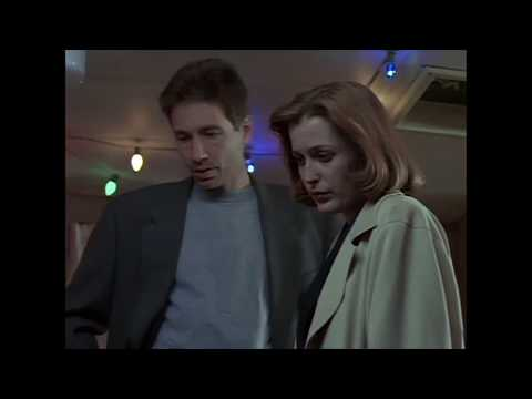 S2E20 X-Files Humbug Some Good Moments in the Episode Fan Supercut