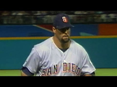 SD@FLA: Caminiti makes a strong throw to get the out