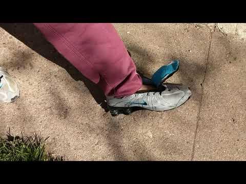 nike-shox-running-shoes-morning-destruction-walk-3
