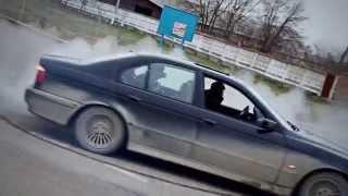 Дрифт  BMW 5 4.4