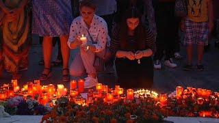 الرومانيون يتظاهرون احتجاجاً على اغتصاب ومقتل مراهقة