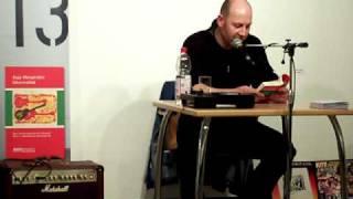 """Zepp Oberpichler liest aus seinem Rock n Roll-Roman """"Gitarrenblut"""