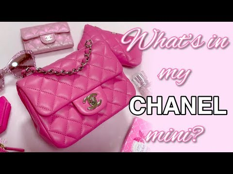 🌸What's In My Bag? (CHANEL MINI) & how I pack it! 🌸