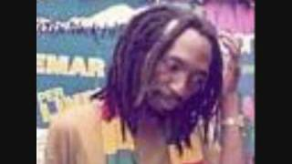 Download Thomas Mapfumo -Hwahwa.wmv MP3 song and Music Video