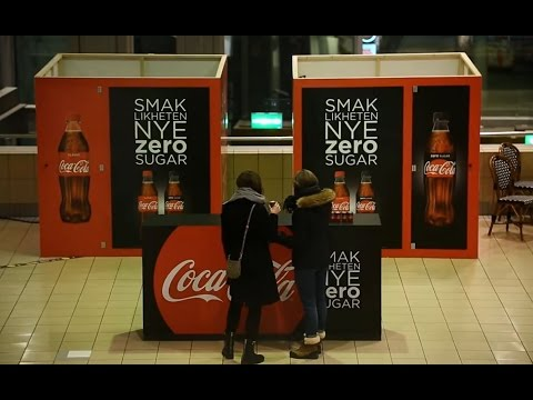 Coca-Cola Zero Sugar OOH prank at Oslo S | JCDecaux Norway