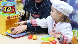 LE PICCOLE CUOCHE, giochi per bambine: Bon Apetit, cosa ci prepareranno oggi le nostre giovani chef?