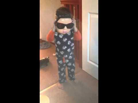 Lucas Kerr gangnam style