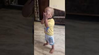Sudama dance by cute baby...Neil Shrivastava