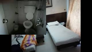 Paying Guest At Malad West Link road call 9320938301