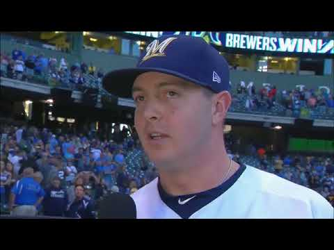 Corey Knebel thanks Brewers fans after win over Reds