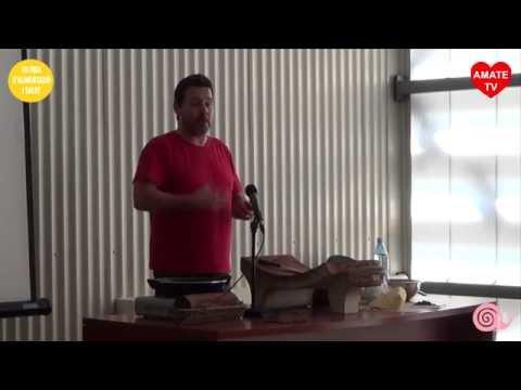 Xocolates Aynouse - Elaboración chocolate artesanal en metate - Balaguer 5-10-14 AmateTV