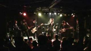 吉井和哉さん、イエローモンキーをこよなく愛するバンド「LOVIN STYLE(ロ...